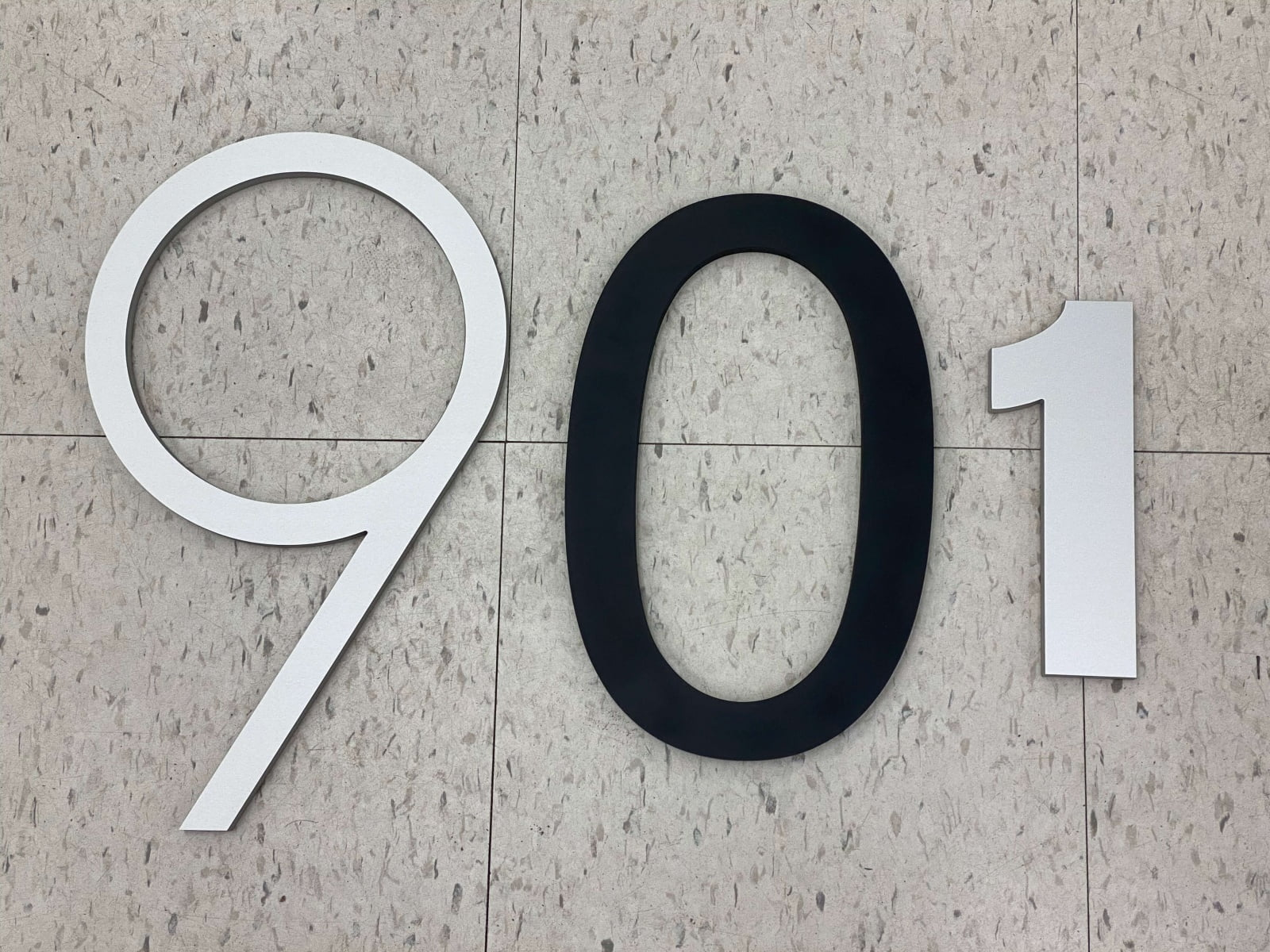 Vivid House Number | Residential House Number | Number 901 | Brushed Aluminum and Black Finish |